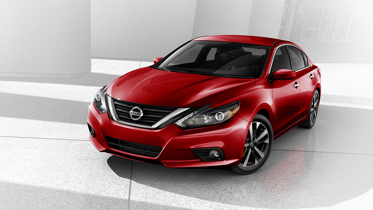 Nissan Altima: Automatic door locks